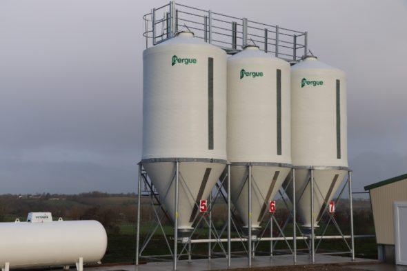 silos-cones-droits