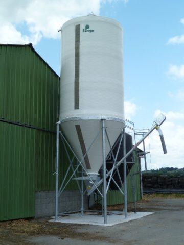 silos-tremies-pour-alimentation-désileuse-3