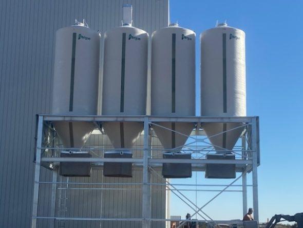 silos-sur-portique-4